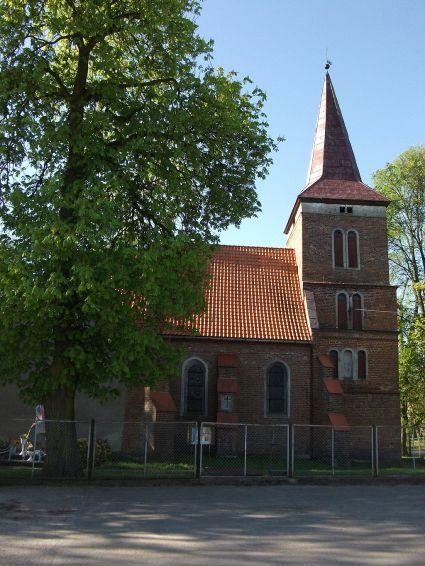 Kościół_w_Szynwałdzie_2014